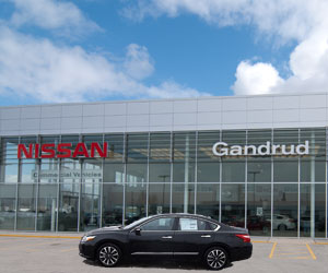 New and Used cars at Gandrud Nissan dealership in Green Bay, WI